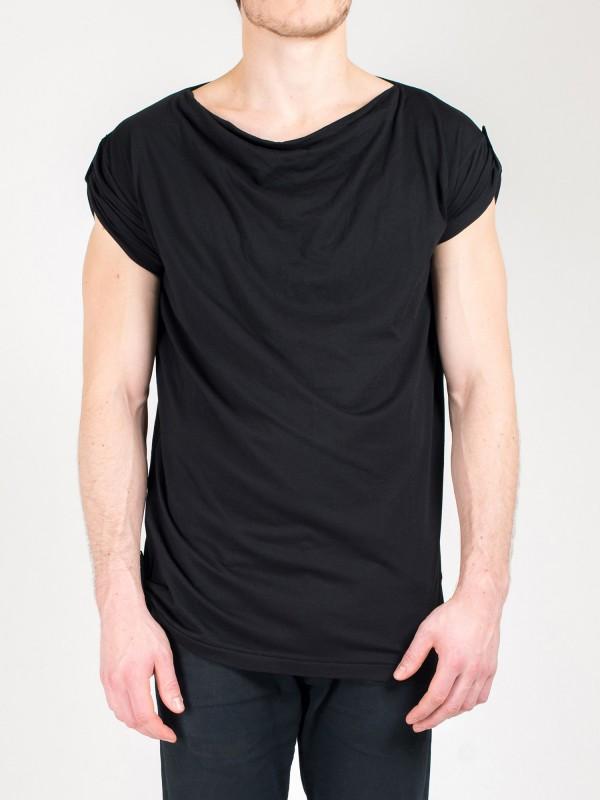 Erik-black-front